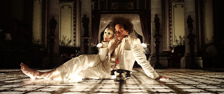 01 EISENSTEIN In GUANAJUATO by Peter Greenaway produced by Subma