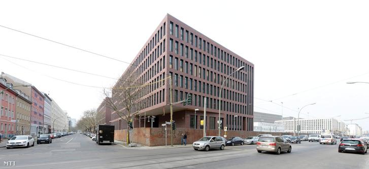 A német Szövetségi Hírszerzőszolgálat a BND székháza Berlinben