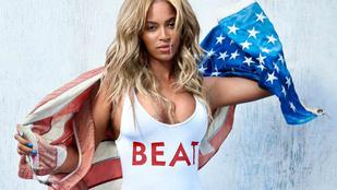 Beyoncé mozgásban is megmutatja fürdőruhás testét