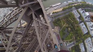 Pár bolond brit felmászott az Eiffel-toronyra kívülről