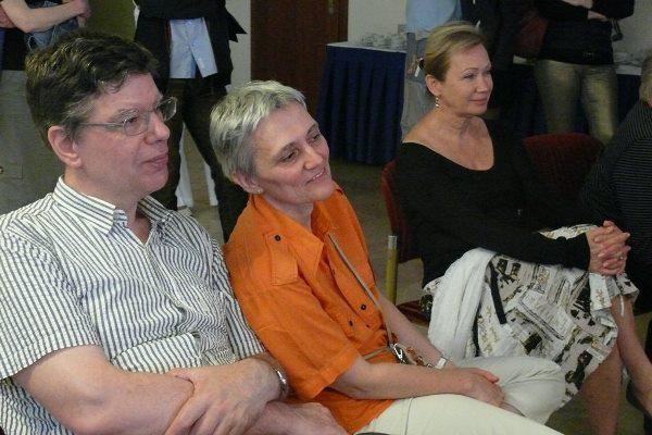 Stuber Andrea és Udvaros Dorottya egy szakmai beszélgetésen a 13. Pécsi Országos Színházi Találkozón