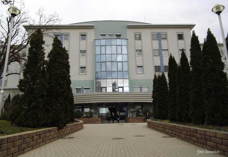 Soproni Erzsébet Oktató Kórház és Rehabilitációs Intézet