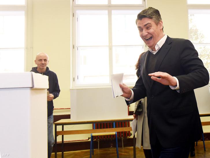 Zoran Milanovic leadja szavazatát