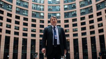 Külföldi titkosszolgálatoktól kapott adatok is elhangzanak Kovács Béla perén
