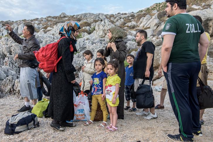 Menekültek Kos szigetén