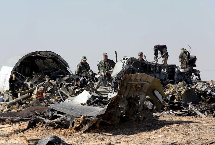 Az orosz utasszállítói roncsai Arish közelében, Egyiptomban, 2015. november 17-én.
