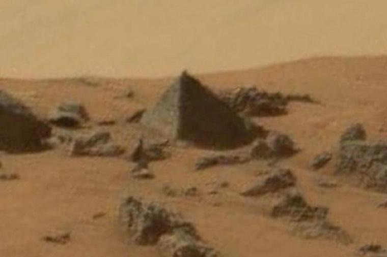 Curiosity-Rover2