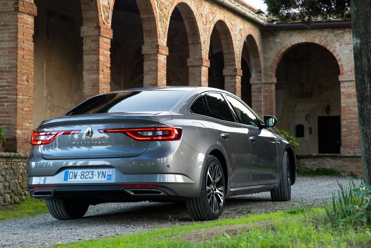 Érdekesen sikerült a Renault formanyelvét németesre venni