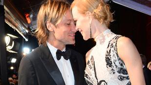 Döbbenetesen magas és karcsú Nicole Kidman