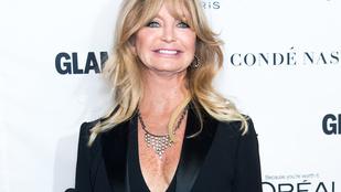 Goldie Hawn hetven éves lett, Kate Hudson dallal és egy tálca sütivel köszöntötte