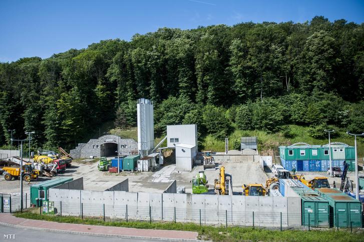 Atomhulladék tároló Bátaapátiban.