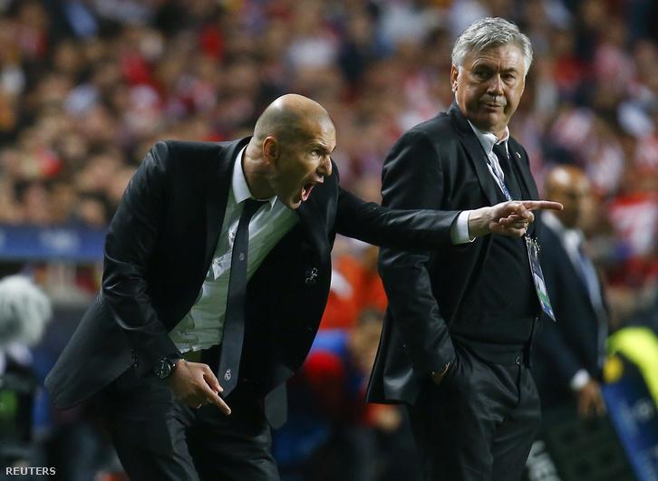 Zidane és Ancelotti a Real Madrid kispadján.