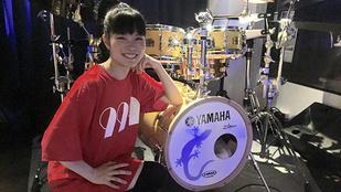 Japán egyik legjobb dobosa lány és nincs még 20 éves