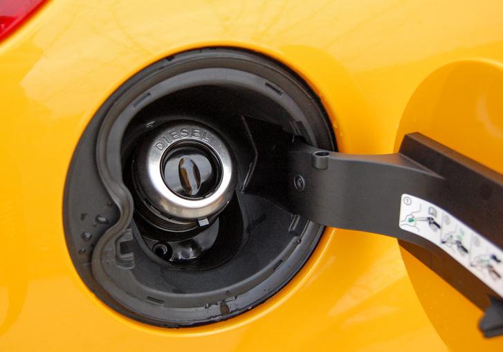 Nehogy elfelejtsük: most nem benzines az ST