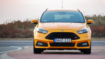 Ford Focus ST – 2015.