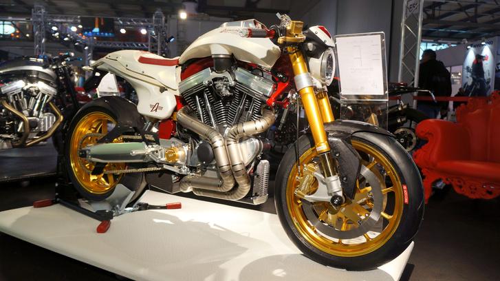 Avinton Moto Corse Edition