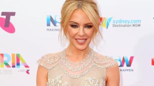 Kylie Minogue boldog a 27 éves pasijával
