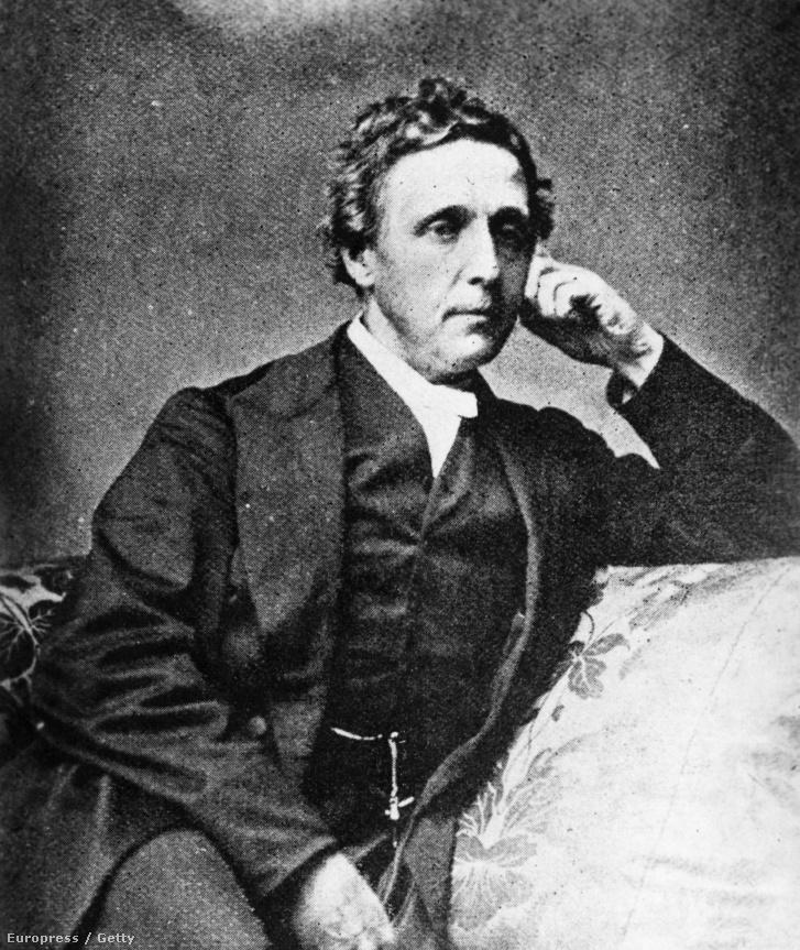 Charles Lutwidge Dodgson vagyis Lewis Carroll.