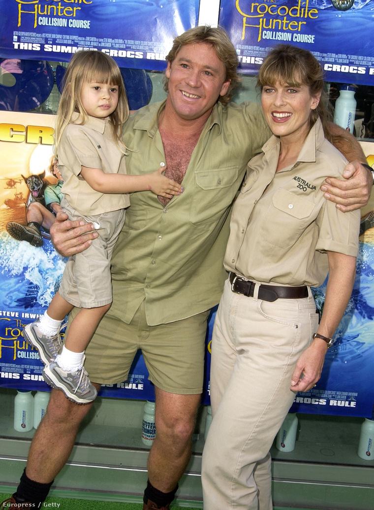 Bin Irwin, szüleivel, Steven Irwinnel és Terri Irwinnel