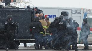 Ámokfutó lövöldözött egy coloradói klinikán, hárman meghaltak