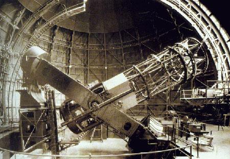 A szerencsétlen nevet kapott Hooker teleszkóp a 20. század első felében volt a világ legjobb távcsöve. Ezzel fedezte fel Edwin Hubble, hogy tágul a világegyetem.