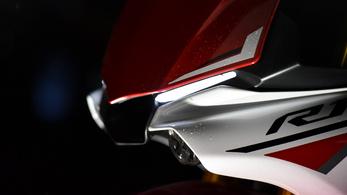 2021-ben jöhet az új Yamaha YZF-R1