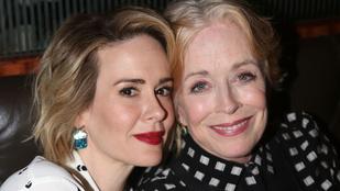 Az American Horror Story színésznőjével járhat a Két pasi - meg egy kicsi anyukája