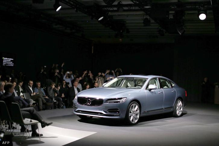 Az új Volvo S90