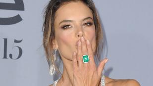 Alessandra Ambrosiót csúnyán átverte a Maxim magazin tulajdonosa