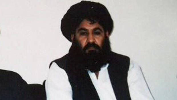 Egy 1998-a fotóAhtar Manszúrról