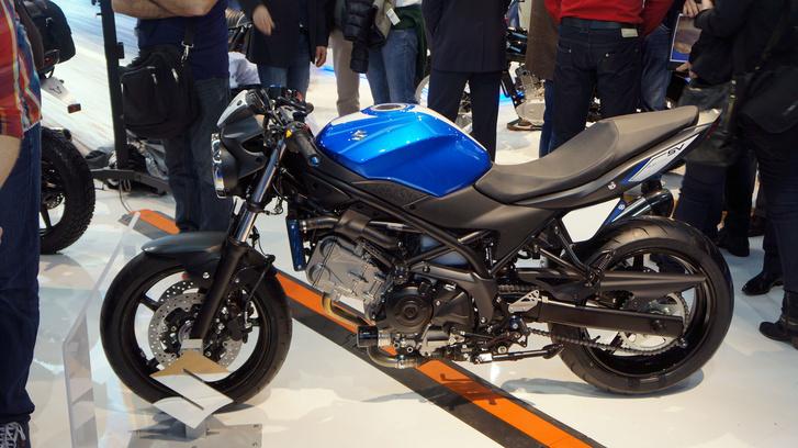Suzuki SV650 Café Racer: a Gilles Tooling kiegészítőivel tették sportosabbá a motort
