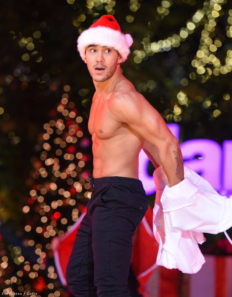 Carlos PenaVega a Dancing With the Stars férfitánccsapatának élén