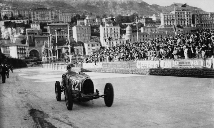 Chiron pályafutása legfontosabb sikerénél, az 1931-es Monacói Nagydíjon egy Bugatti Type-51-gyel
