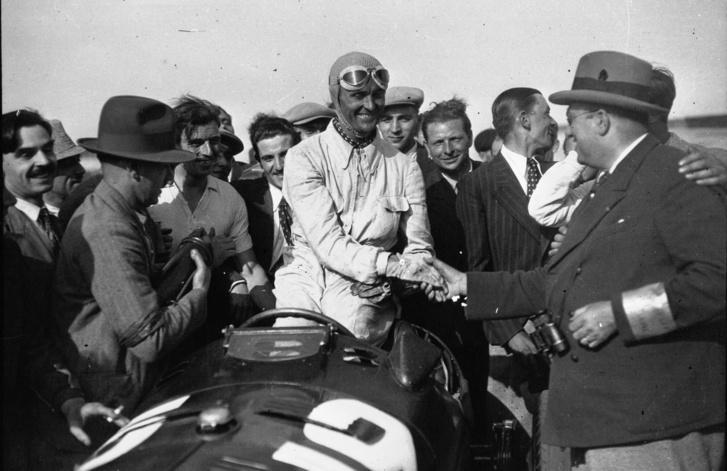 Kevés alfás sikere egyike, az 1934-es Francia Nagydíj győzelme után