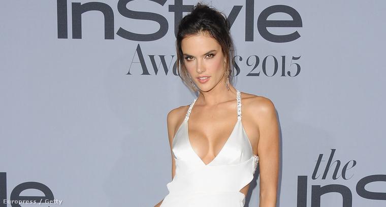 Alessandra Ambrosio az InStyle Awardson Los Angelesben