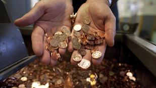 Százezer eurónál is több pénzt találtak a Dunában