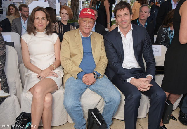 Lauda felesége, Lauda és Wolff egy tavaszi eseményen