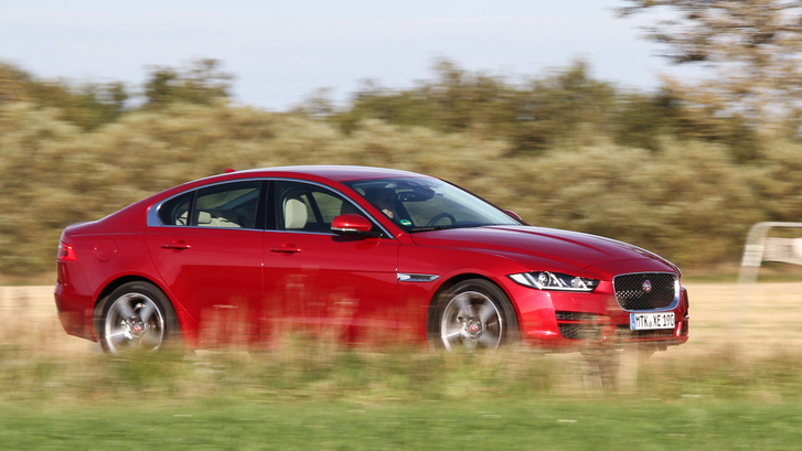 Rugózni – mint minden Jaguar – igen jól tud
