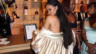 Rihanna közelít a harminchoz, mégis kamaszlánynak néz ki