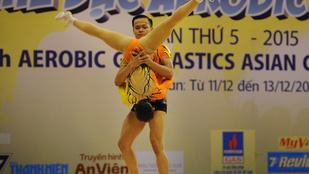 A nap arckifejezése egy ázsiai gimnasztikabajnokságról érkezett