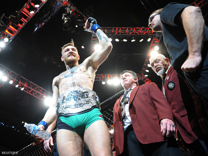 2015-12-13T061946Z 1304430667 NOCID RTRMADP 3 MMA-UFC-194-ALDO-V