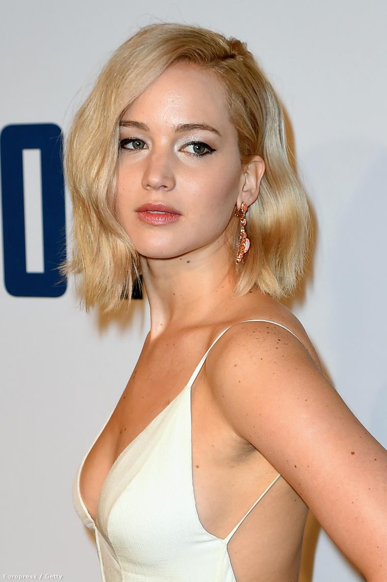 Jennifer Lawrence dögös