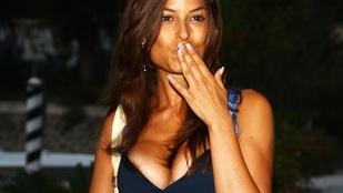 Berlusconival bulizott, pornós volt, most viszont focicsapatot menedzsel