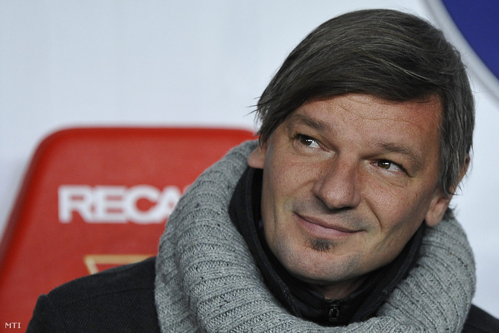 Horváth Ferenc a Videoton vezetőedzője az OTP Liga 18. fordulójában játszott DVSC-TEVA - Videoton bajnoki labdarúgó-mérkőzésen.