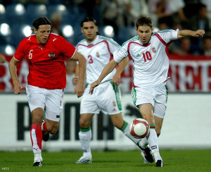 René Aufhauser és Gera Zoltán küzdelme az osztrák-magyar barátságos meccsen (2006)