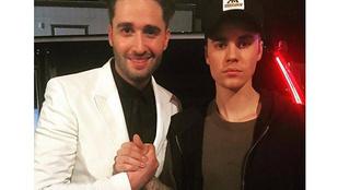 Király Viktor és Justin Bieber kezet fogtak a Voice döntőjén