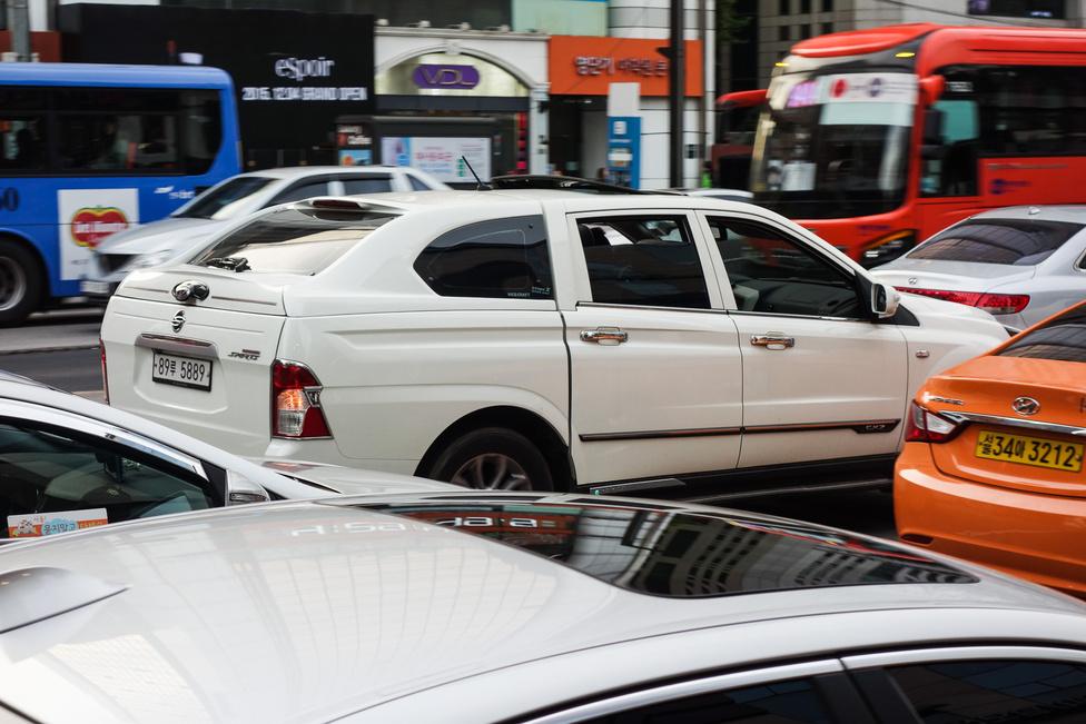 Így lesz BMW kombi a Ssangyong Actyon pickupból