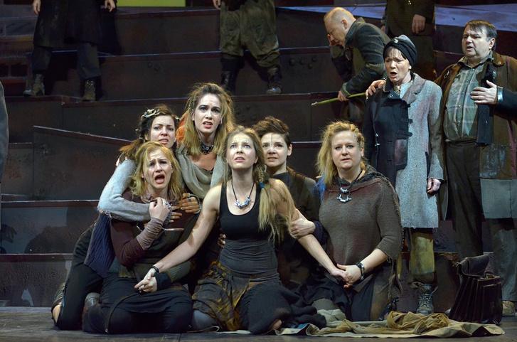 Istenítélet a Vígszínházban