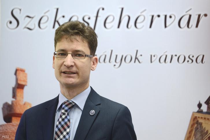 Cser-Palkovics András