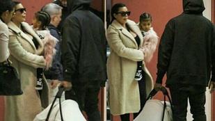 Kim Kardashian most először mutatkozott a kisfiával